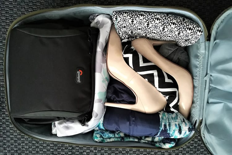 how to pack high heels in a suitcase