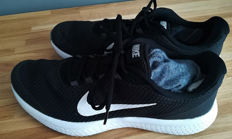 nike sports shoes filled with socks