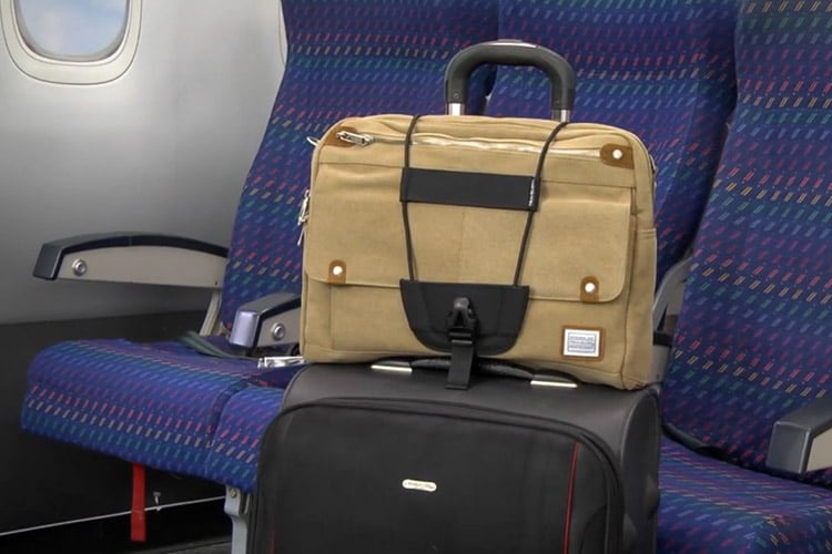 travelon bungee strap on luggage